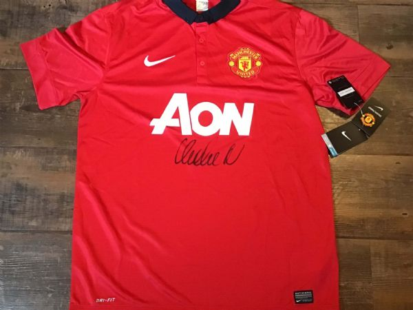 2013 2014 Manchester United Club COA Vidic Signed Football Shirt Man U Utd BNWT